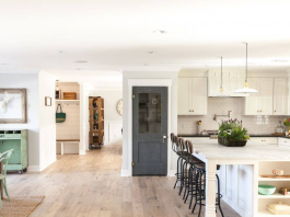 A Guide to Engineered Hardwood vs. Solid Hardwood for Home Flooring